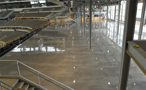 Diamond-Metallic, a six-coat system from DiamondStone, gave the floors of Cowboys Stadium the pizzazz team owner Jerry Jones was seeking. The flooring, which appears to have 3-D qualities, changes in appearance when exposed to different kinds of lighting.