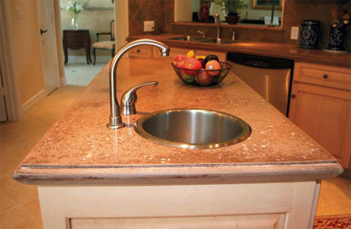 Concrete Countertops edge form to make concrete countertop forming easier.